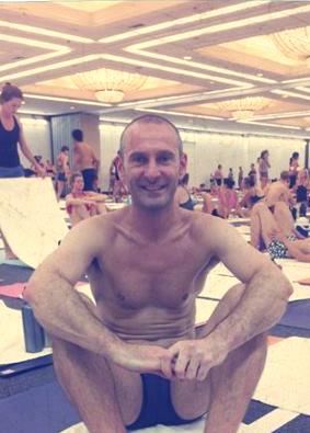 profesor_bikram_yoga_valencia