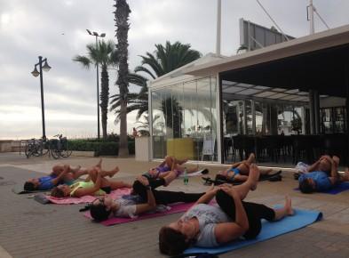 Bikram Yoga Valencia en la playa